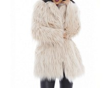 big-faux-fur-coat-axparis