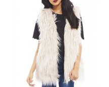 cream-faux-fur-gillet-axparis