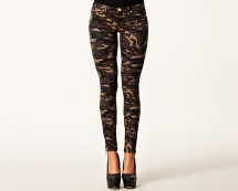 Camouflage Jeans at Nelly
