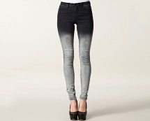 Dip Dye Jeans at Nelly